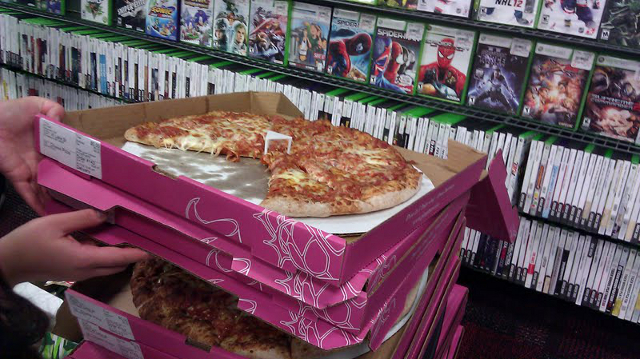 GameStop Pizza